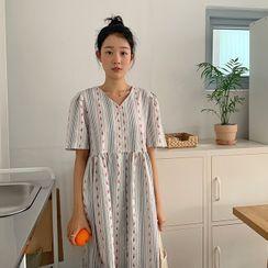 FROMBEGINNING - Patterned Long Babydoll Dress