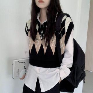 Brigitte - Argyle Knit Vest