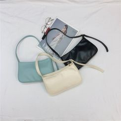 Annmuu - Zip Shoulder Bag