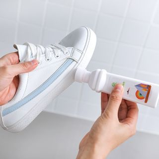 Lazy Corner - Shoe Stain Remover