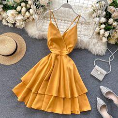 Lucuna - Open Back Spaghetti Strap Tiered Dress