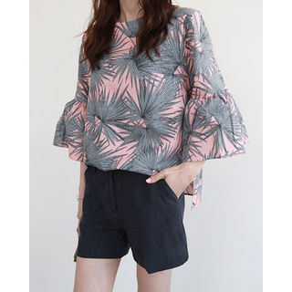 NIPONJJUYA - Bell-Sleeve Foliage Linen Blend Top