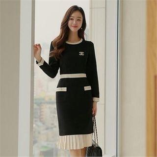 Styleberry - Contrast-Trim Pleated-Hem Dress