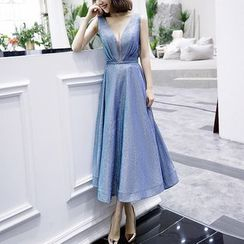 Sennyo - V-Neck Pleated Glittered Sleeveless Cocktail Dress