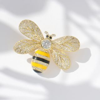 Zirajoy - CZ Bee Brooch