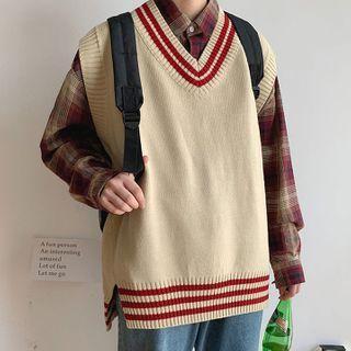 Wescosso - V-Neck Sleeveless Knit Top