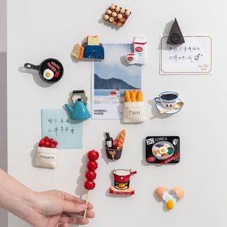 LOTTEN - Mini Food Fridge Magnet