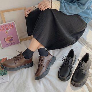 Yuki Yoru - Faux Leather Lace-Up Shoes