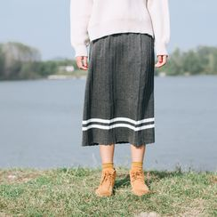 Echo Forest - Pleated Knit Skirt
