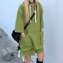 Malnia Home(マルニャホーム) - Couple Matching Short Sleeve Cargo Hooded Top / Shorts