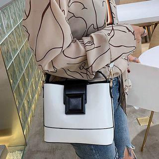 NewTown - Buckled Bucket Bag