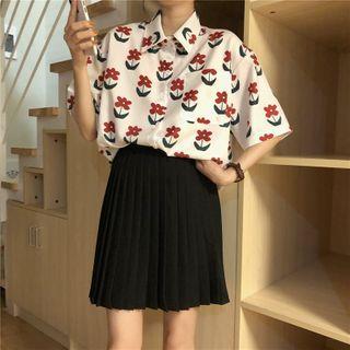 Closette - Short-Sleeve Flower Print Shirt