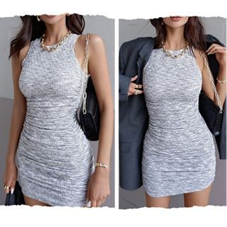 Blingbomb - Sleeveless Slim-Fit Dress