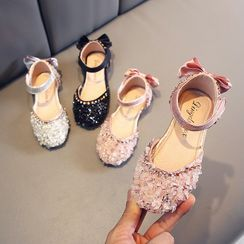 Doradas - Kids Bow-Accent Rhinestone Velcro Strap Flat Sandals