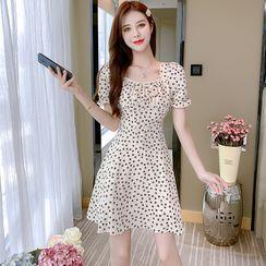 Petit Lace - Short-Sleeve Floral A-Line Dress