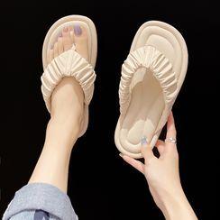 Nikao(ニカオ) - Plain Shirred Flip Flops