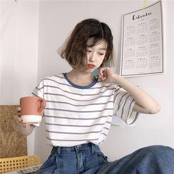 Guromo(グロモ) - Short-Sleeve Striped T-Shirt