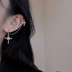 Poppin - 不对称水钻十字架链条耳环