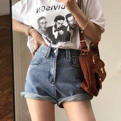Apotheosis - 牛仔熱褲