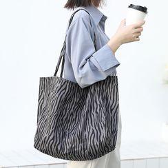 Quien - Zebra Print Tote Bag