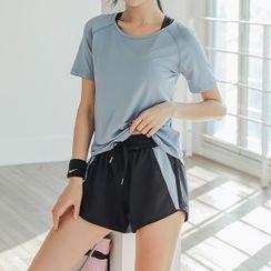 Girasol - Short-Sleeve Sports T-Shirt / Sweatshorts / Sweatpants / Set