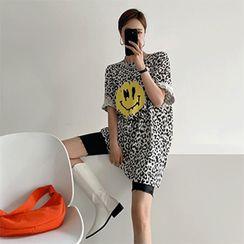 PPGIRL - Leopard Printed T-Shirt