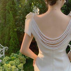 Alberlino - Spaghetti Strap Faux Pearl Open Back Shift Dress