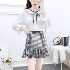 Petit Lace - Set: Bow-Accent Ruffled Blouse + Check Pleated Skirt