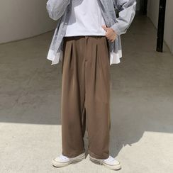 EOW - Pleated Straight Leg Pants