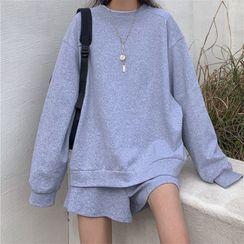 Mushini - Set: Plain Sweatshirt + Shorts