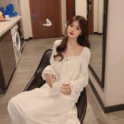 Miss Bearie - Long-Sleeve Midi A-Line Pajama Dress
