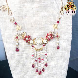 Paparazzi - Tanfu Flower Necklace
