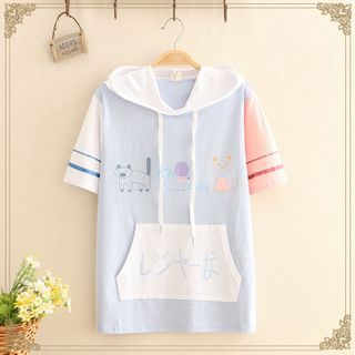 Kawaii Fairyland - Color-Block Cat Print Short-Sleeve Hoodie / Cat Print Denim Shorts