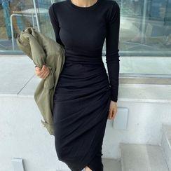 WEEKEND BLOOPERS - Plain Shirred Midi Bodycon Dress
