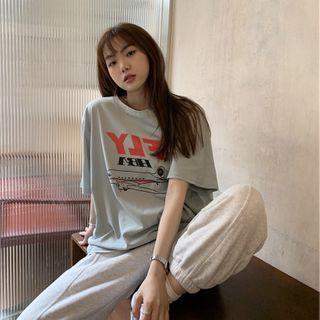 IndiGirl - Elbow-Sleeve Graphic Print T-Shirt
