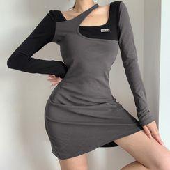 Genrovia - Mock Two-Piece Long-Sleeve Mini T-Shirt Dress