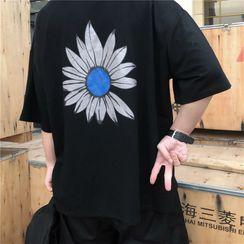 Banash - Short-Sleeve Flower Print T-Shirt