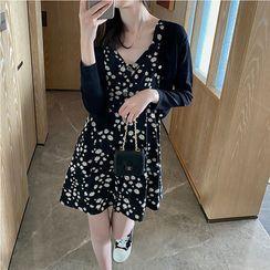 Doyle - Sleeveless Floral A-Line Dress