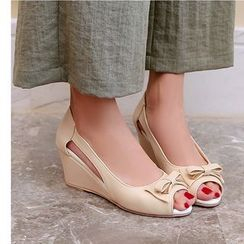 Freesia(フリージア) - Bow Detail Cutout Wedge Sandals