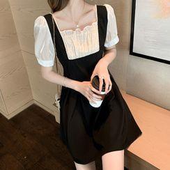 Apotheosis - 短袖方領珠飾迷你A字連衣裙