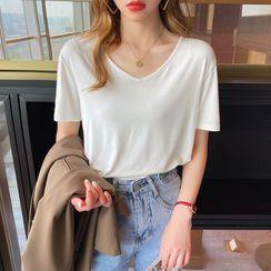 Gwendolyn(グウェンドリン) - Short-Sleeve Plain T-Shirt