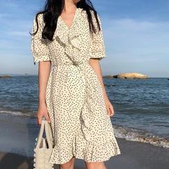 Shopherd - 短袖荷叶A字连衣裙