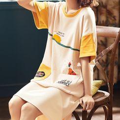 Jeony - Printed Short Sleeve Sleep Dress