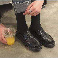 Satomi - 漆皮乐福鞋