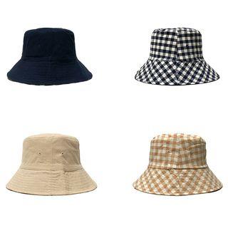 Heloi - Reversible Plaid Bucket Hat