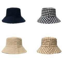 Heloi - Reversible Plaid Bucket Hat