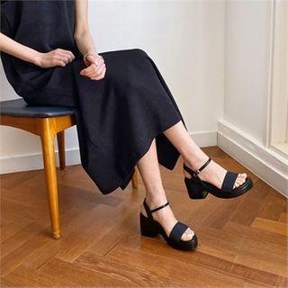 MONOBARBI - Mary Jane Platform Sandals