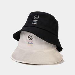 KOKOBOLA - Smiley Face Embroidered Bucket Hat