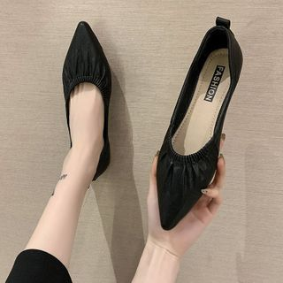 Novice(ノバイス) - Pointed Faux Leather Flats