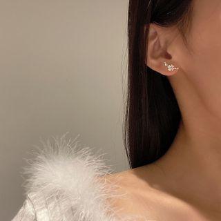 Yambo - Flower Stud Earring